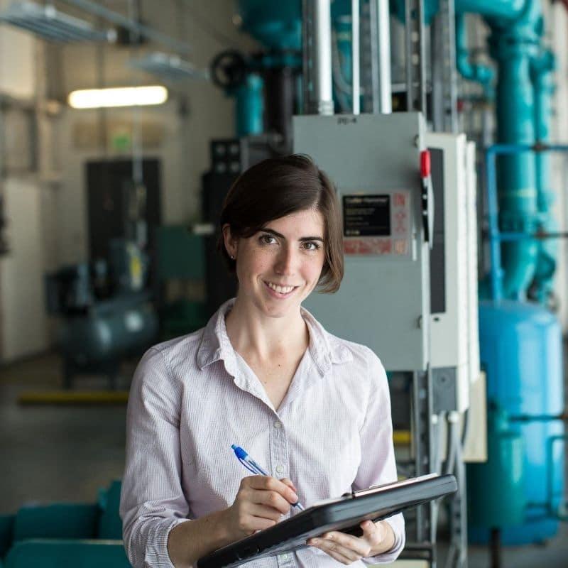 energy efficiency engineer saving energy in building at kw engineering